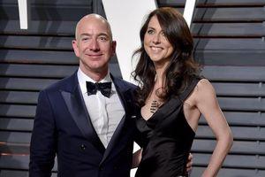 Các tỷ phú công nghệ giàu lên, riêng Jeff Bezos mất gần 15 tỷ USD