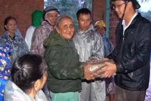 Phú Yên di dời khẩn cấp gần 7.000 người trước khi bão số 5 ập đến