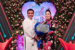 Khán giả vui như mở hội khi NS Hồng Vân thay Nam Thư dẫn 'Bạn muốn hẹn hò'
