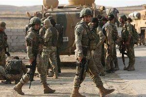 PKK kêu gọi người Kurd ở Syria 'bảo vệ mảnh đất của họ', binh sĩ Thổ Nhĩ Kỳ và Nga tuần tra chung