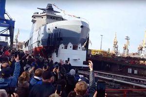 Chưa từng có: Nga hạ thủy tàu phá băng trang bị vũ khí hạng nặng