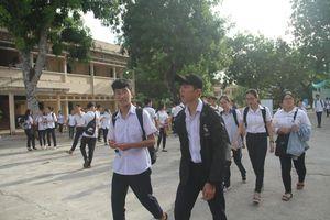 Bình Định cho học sinh nghỉ học để tránh bão