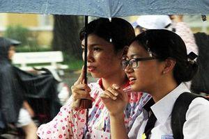 Các tỉnh Nam Trung Bộ đồng loạt cho học sinh nghỉ học 2 ngày tránh bão số 5
