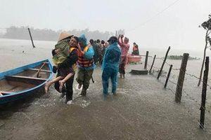 Ứng phó bão số 5: Tập trung sơ tán dân khỏi vùng nguy hiểm