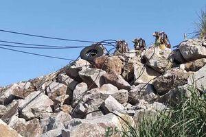 Người đàn ông ở Thanh Hóa bị đá từ trên cao lăn xuống đè tử vong