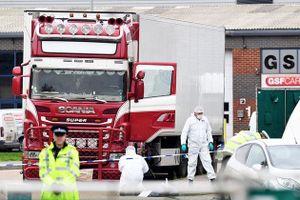 Nghi vấn: 39 nạn nhân trong xe container chết vì lạnh hay ngạt khí?