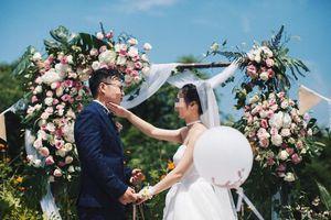Thích 'chơi trội', cô dâu tuyên bố đám cưới mình sẽ tổ chức theo cách rất oái oăm, ai ngờ đã từng có nhiều cặp đôi 'dị' hơn nữa