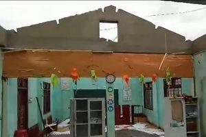Hàng trăm căn nhà ở Quảng Ngãi hư hỏng do bão số 5