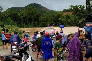 Quảng Ngãi: Mưa bão làm 1 người mất tích, 12 người bị thương