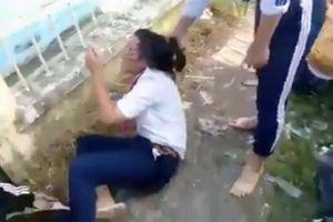 Hai nữ sinh đánh 4 bạn cùng trường