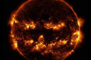 Bức ảnh Mặt trời tựa như trái bí ngô Halloween gây sốt cộng đồng mạng