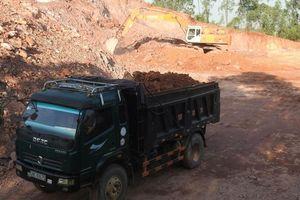 Hà Tĩnh: Dấu hiệu mượn danh 'nông thôn mới' để múc đất sai quy định