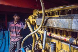 Tàu vỏ thép theo Nghị định 67 mắc cạn vì nợ xấu: Chết vì máy thủy China
