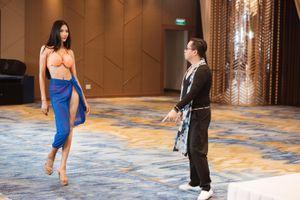 Tập 1 'Road To Miss Universe 2019: Á hậu Hoàng Thùy bị nhận xét 'thiếu tự tin' khi catwalk