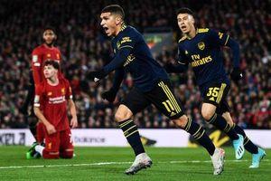 Liverpool vs Arsenal: Rượt đuổi hấp dẫn, mãn nhãn siêu phẩm