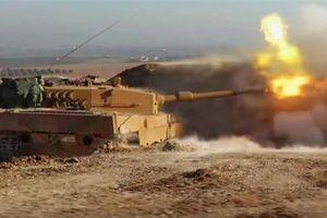 Xe tăng Thổ Nhĩ Kỳ nã pháo dữ dội vào Quân đội Syria tại Ras al-Ayn