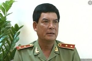Cảnh cáo Trung tướng Trình Văn Thống