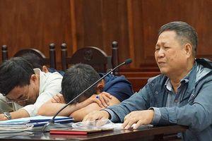 Nước mắt tại phiên xử vụ án đường Hồ Chí Minh