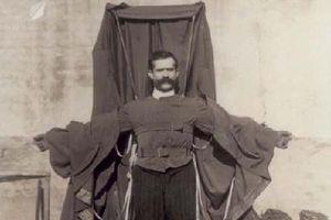 'Thiên tài điên' nào tử vong tại chỗ sau khi nhảy từ tháp Eiffel?