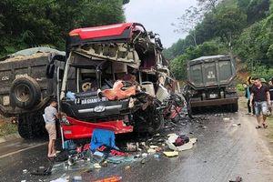 Tuyên Quang: Xe khách va chạm xe ben, nhiều người nhập viện cấp cứu