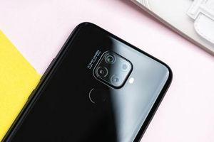 Smartphone 4 camera sau, pin 4.000 mAh, RAM 6 GB, giá hơn 5 triệu