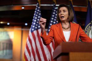Hạ viện Mỹ thông qua nghị quyết luận tội ông Trump: Điều gì đáng chú ý nhất?