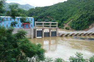 Nghệ An: Đề nghị 2 nhà máy thủy điện hỗ trợ di dời 14 hộ dân ra khỏi vùng nguy hiểm