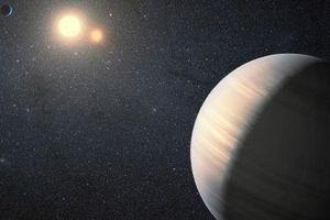 Hành tinh lạ nơi 1 năm dài gần 21 năm lộ diện gần trái đất