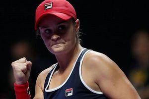 Đương kim vô địch WTA Finals so tài tay vợt nữ số một thế giới