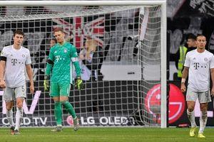 Boateng nhận thẻ đỏ, Bayern Munich nhận thất bại ê chề