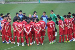 Tiền vệ Ngô Hoàng Thịnh: 'Tôi muốn dành chiến thắng trước Thái Lan'