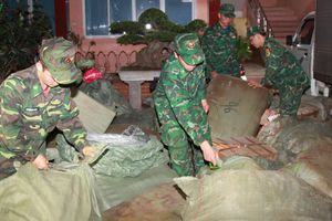 Bộ đội Biên phòng bắt giữ khối lượng lớn hàng nhập lậu qua biên giới