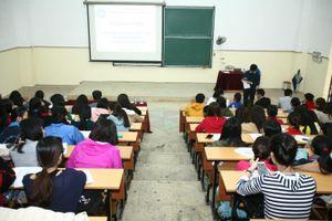 Kiểm định chất lượng đại học: Chuẩn để thuyết phục người học