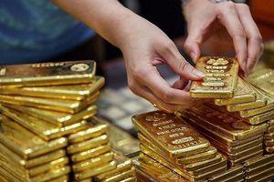 Giá vàng vượt ngưỡng 42 triệu đồng/lượng