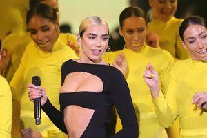 Dua Lipa mặc đồ diễn cắt xẻ ở MTV EMAs 2019