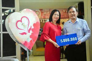 Gần 60 triệu đồng ủng hộ chương trình 'Ly cà-phê yêu thương'