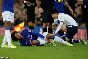 Pochettino: 'Tiếc cho Gomes nhưng Son Heung Min không đáng bị thẻ đỏ'