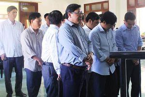 Cựu chủ tịch huyện kêu oan sắp hầu tòa