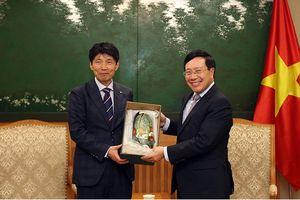 Phó Thủ tướng Phạm Bình Minh tiếp Thống đốc tỉnh Gunma (Nhật Bản)