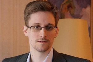 Edward Snowden cảnh báo sức mạnh của các tập đoàn Internet