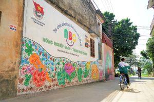 Ghé thăm ngôi làng bích họa độc đáo tại Hà Nội
