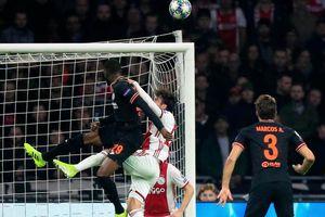 Chelsea - Ajax Amsterdam: Quyết định ngôi đầu