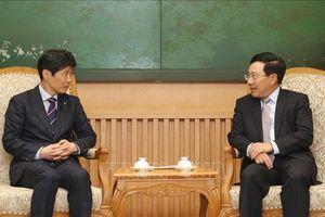 Phó Thủ tướng Phạm Bình Minh tiếp Thống đốc tỉnh Gunma, Nhật Bản