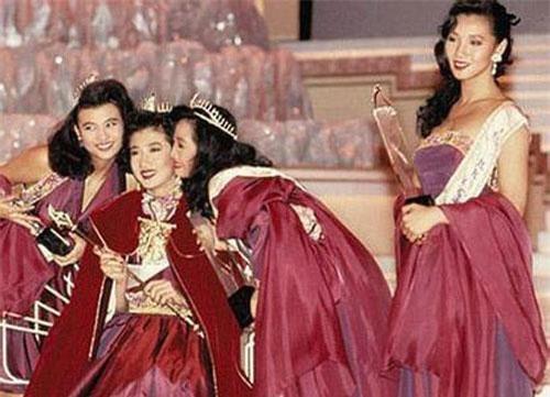 Ngô Ỷ Lợi - Hoa hậu từ bỏ tất cả vì Thành Long