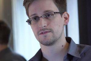 Edward Snowden cảnh báo sức mạnh khôn lường của các tập đoàn Internet