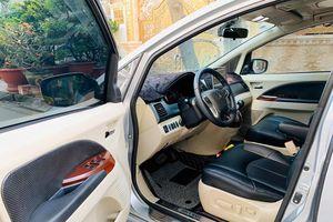 Mitsubishi Grandis độ ghế điện Lexus, vô lăng Pajero Sport