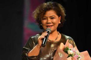 NSND Thanh Hoa: Hát ở tuổi 70 để tri ân khán giả