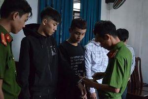 Bốn sinh viên đại học chuyên đi cướp tài sản người đồng tính