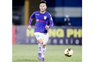 Vượt Văn Quyết, Quang Hải hay nhất V-League 2019