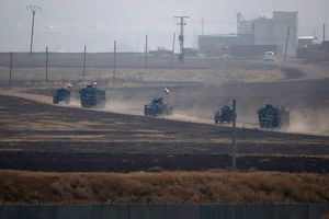 Quân đội tuần tra Nga bị ném đá ở Syria